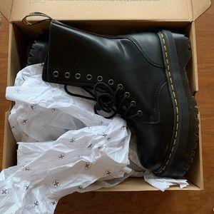 BRAND NEW Jadon Platform Doc Marten Boots